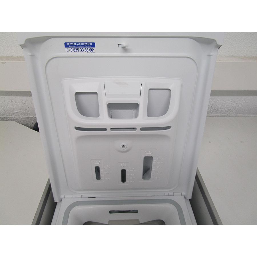 Indesit BTWD61253 - Compartiments à produits lessiviels