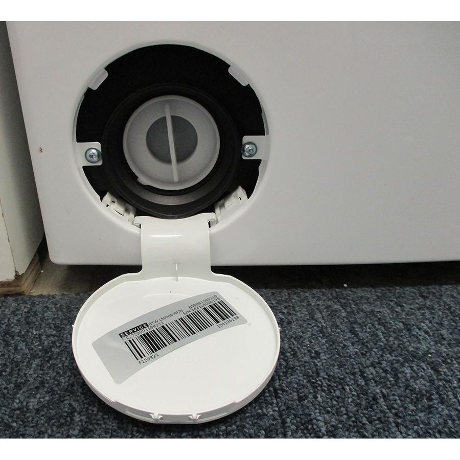 Indesit BTWL50300FR/N - Bouchon du filtre de vidange