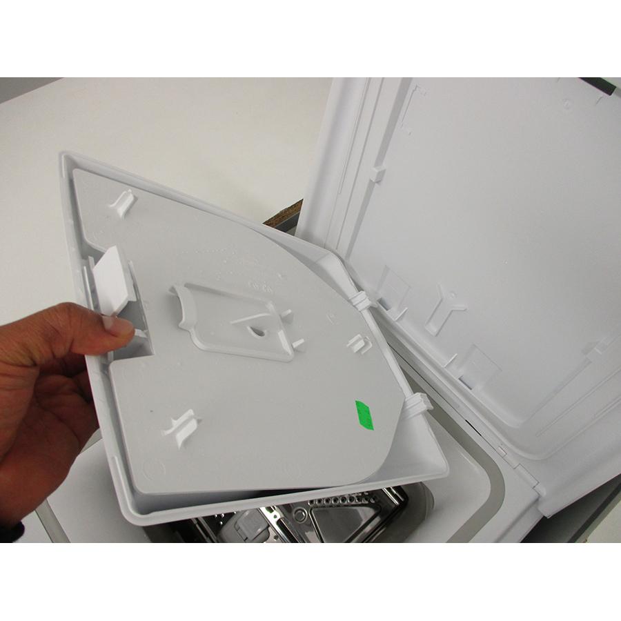 Indesit BTWS60300FR/N - Retrait du bac à produit
