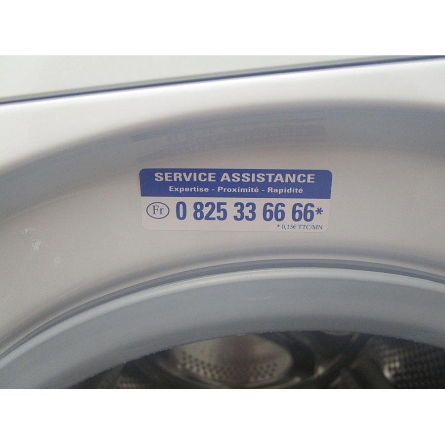 Indesit BWA 101283X W FR - Autocollant service consommateurs