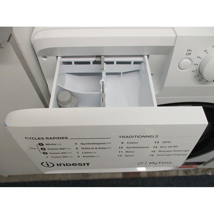 Indesit MTWED91483WKFR - Compartiments à produits lessiviels