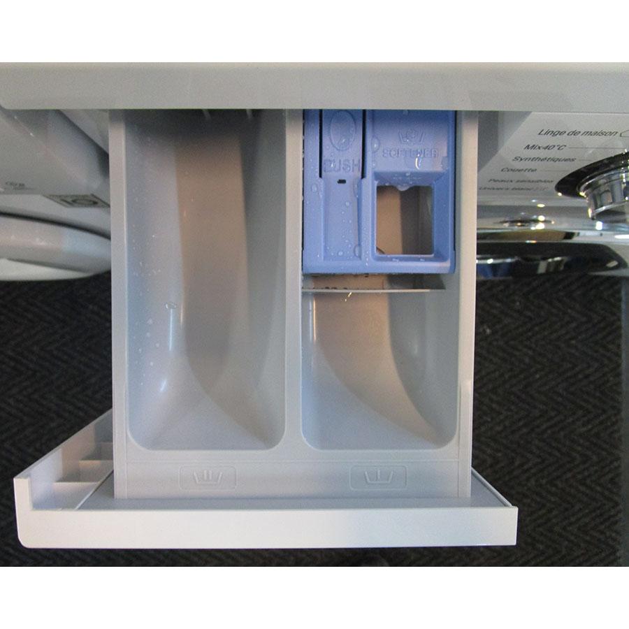 LG F74552WH - Compartiments à produits lessiviels