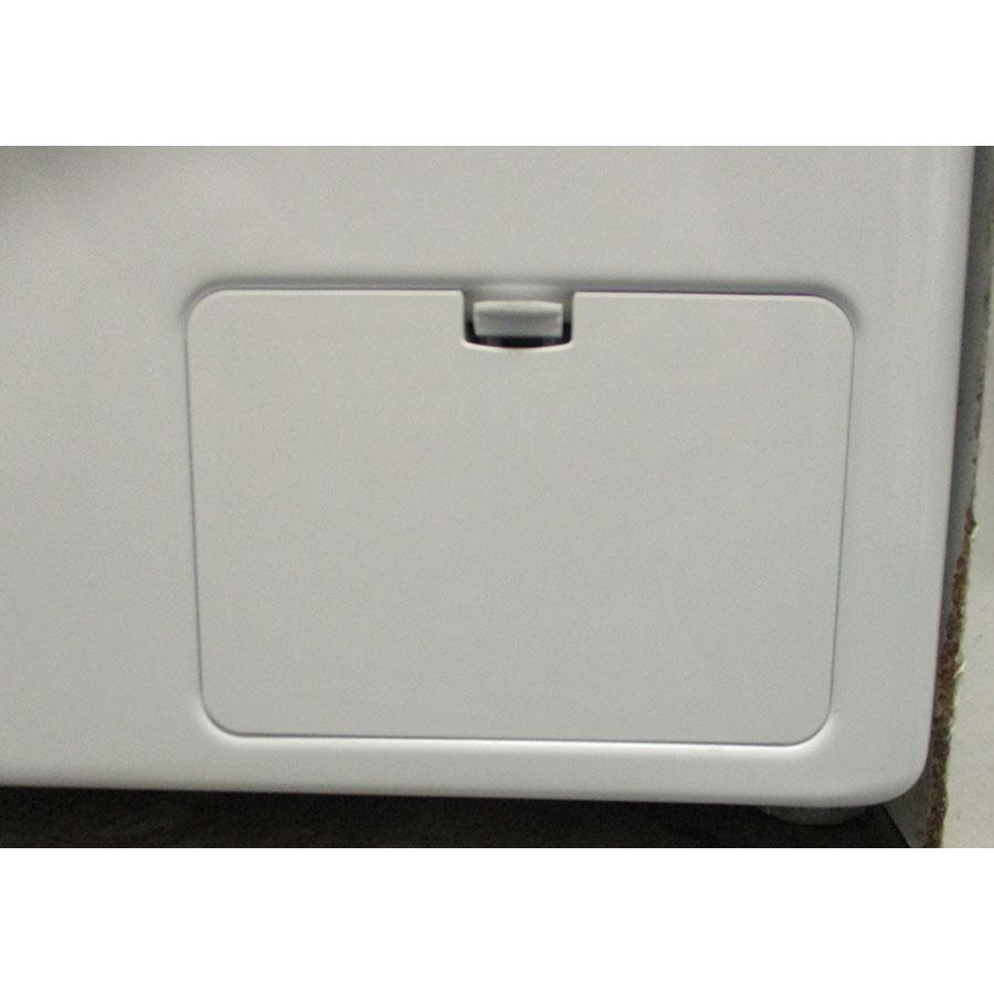 LG F84V35WHS - Trappe du filtre de vidange