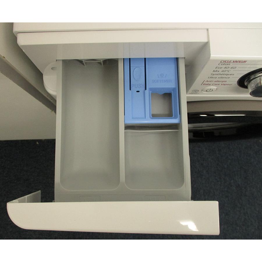 LG F94V35WHS - Compartiments à produits lessiviels