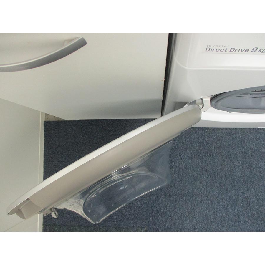 LG F94V51WHS - Angle d'ouverture de la porte