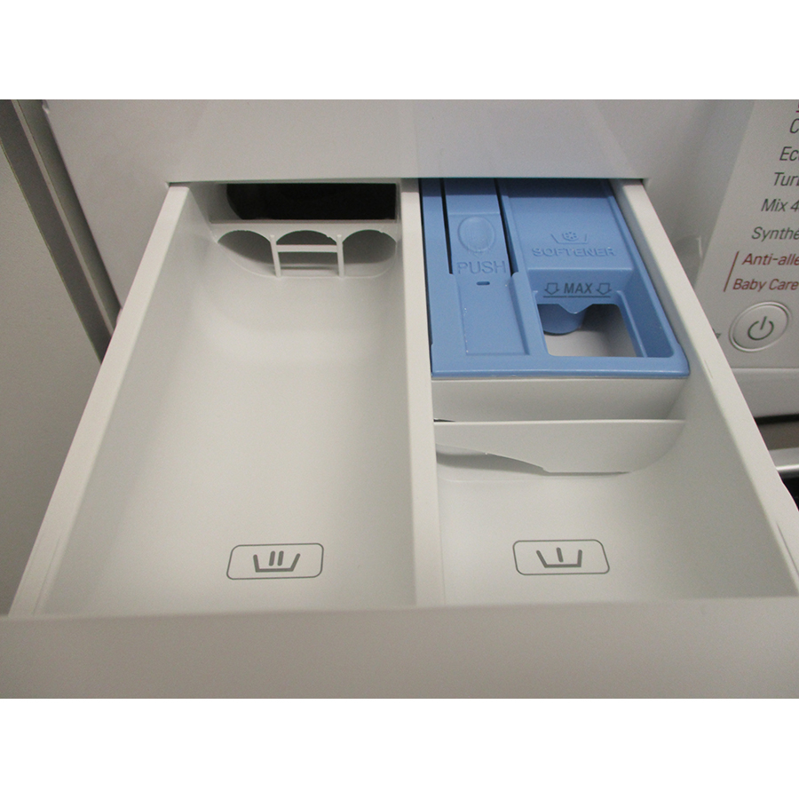 LG F94V51WHS - Compartiments à produits lessiviels