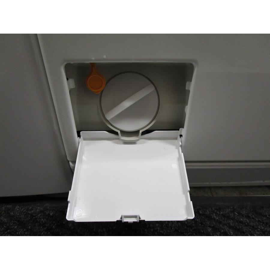 Miele W695WPM - Bouchon du filtre de vidange