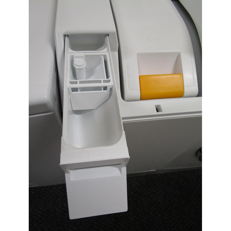 Miele W695WPM - Compartiments à produits lessiviels