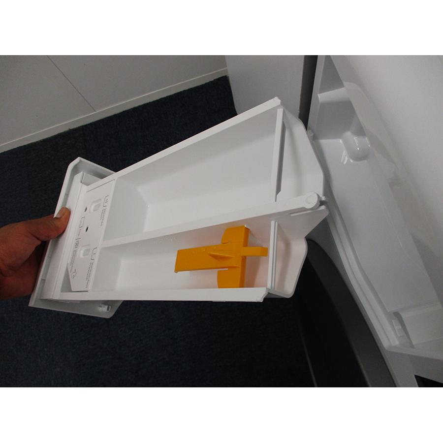 Miele WCG 660 - Retrait du bac à produit