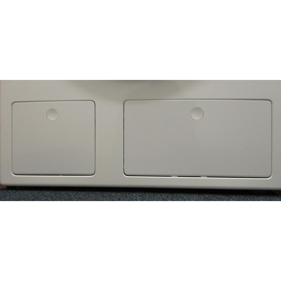 Miele WCG 660 - Trappe du filtre de vidange
