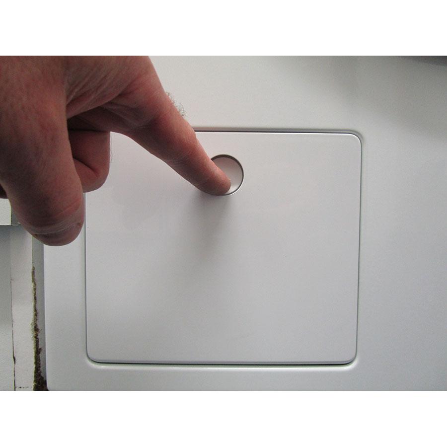 Miele WCG130 - Ouverture de la trappe du filtre de vidange