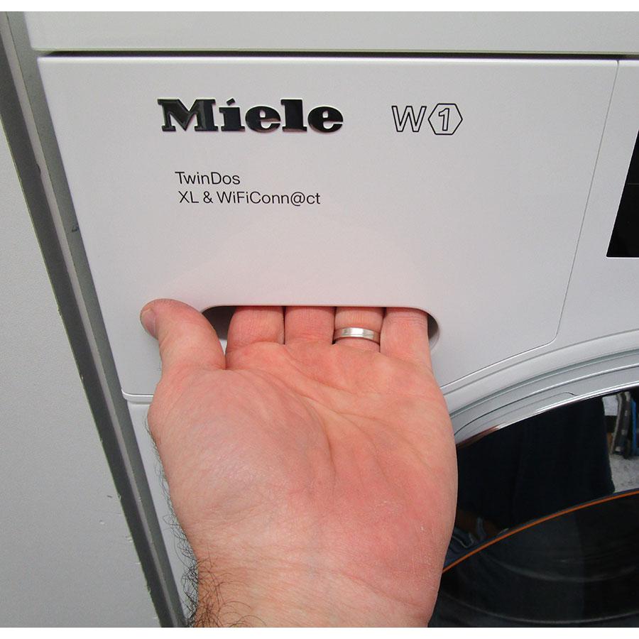 Miele WCI660 TDos XL&Wifi - Ouverture du tiroir à détergents
