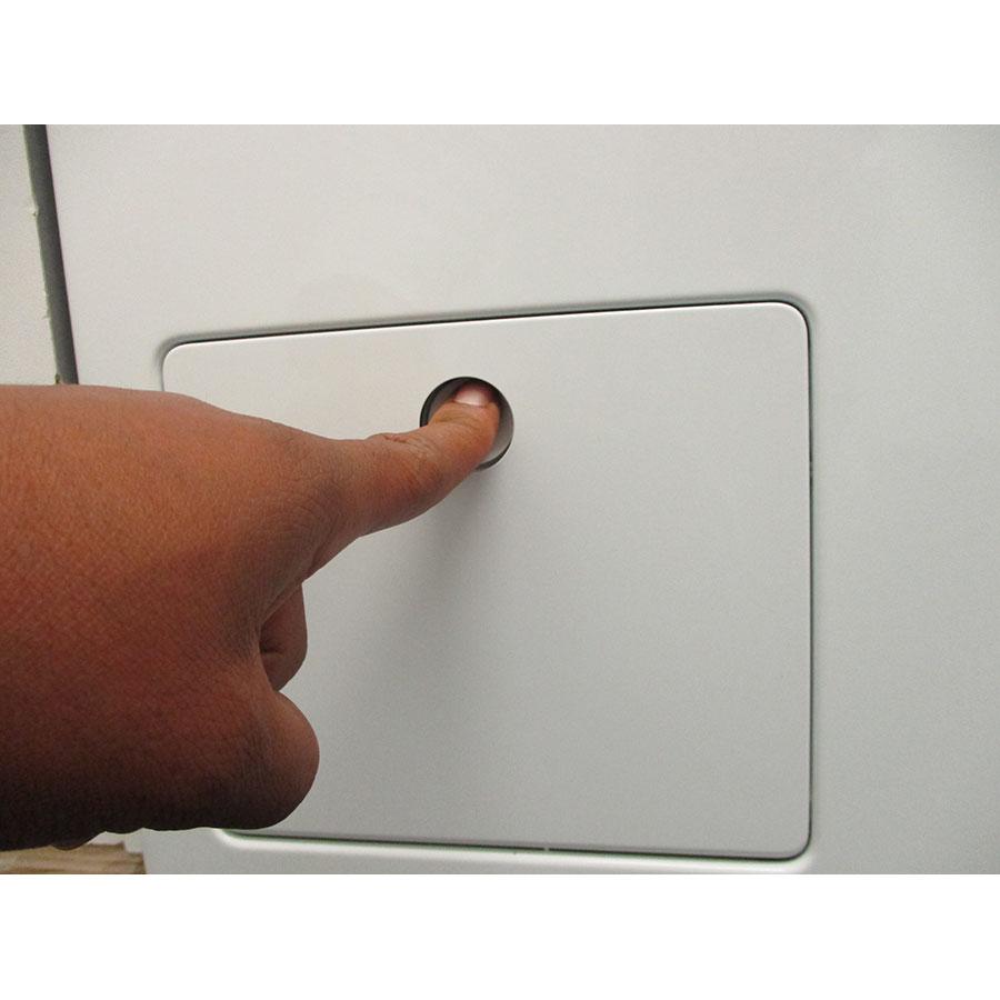Miele WCI860 - Ouverture de la trappe du filtre de vidange