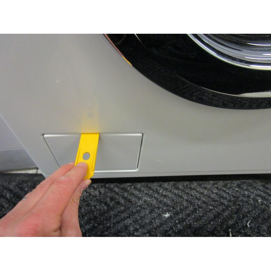 Miele WDA200WPM - Outil spécifique pour l'ouverture de la trappe du filtre de vidange