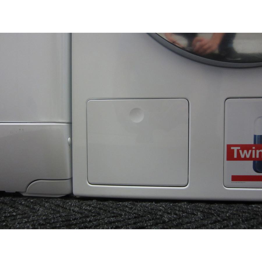 Miele WKG120 W1 ChromeEdition - Trappe du filtre de vidange