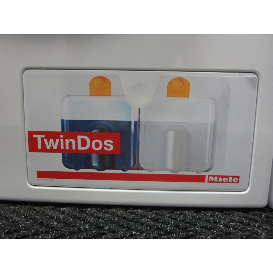Miele WKG120 W1 ChromeEdition - Accès au distributeur de lessive