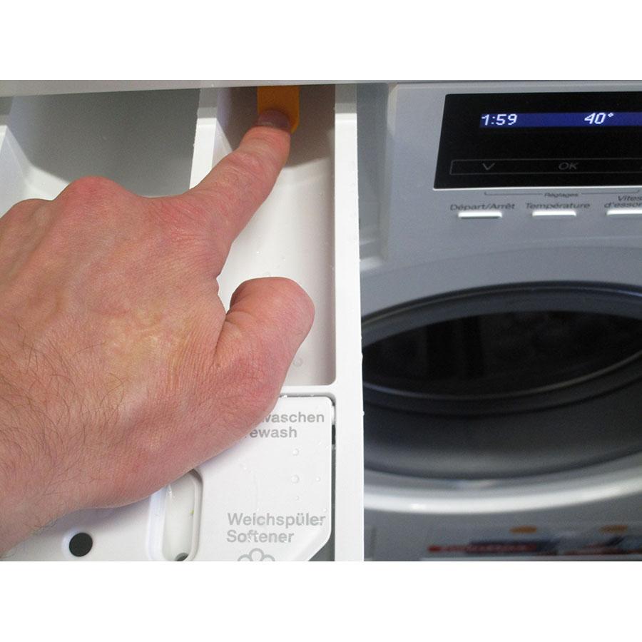 Miele WKH121 WPS W1 ChromeEdition - PowerWash 2.0 & TwinDos - Bouton de retrait du bac à produits