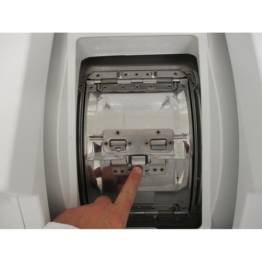 Miele WW 610 WCS - Bouton d'ouverture des portillons