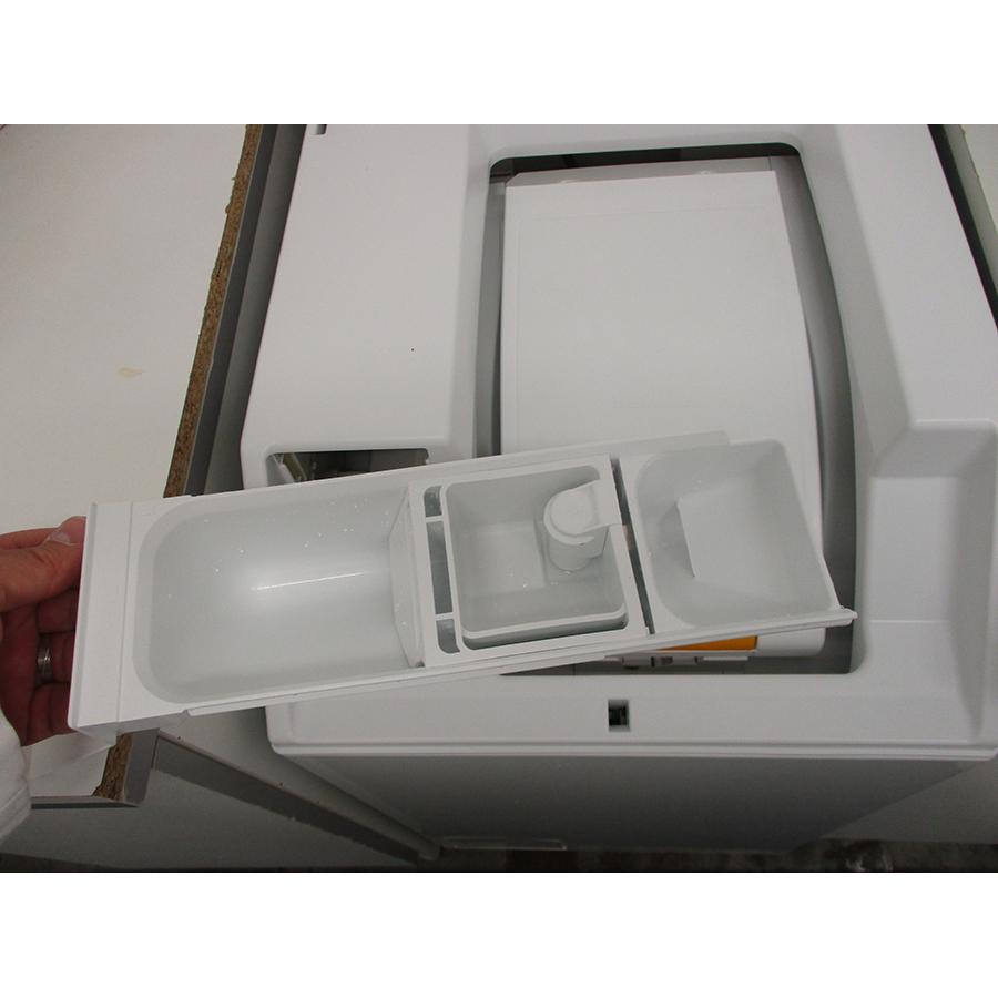 Miele WW 610 WCS - Retrait du bac à produit
