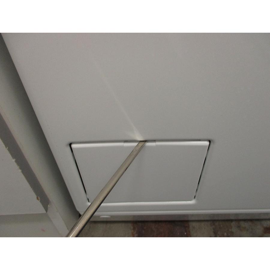 Miele WW 610 WCS - Outil nécessaire pour accéder au filtre de vidange