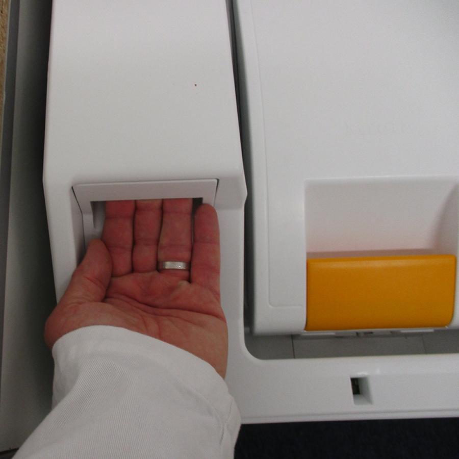 Miele WW 610 WCS - Ouverture du tiroir à détergents