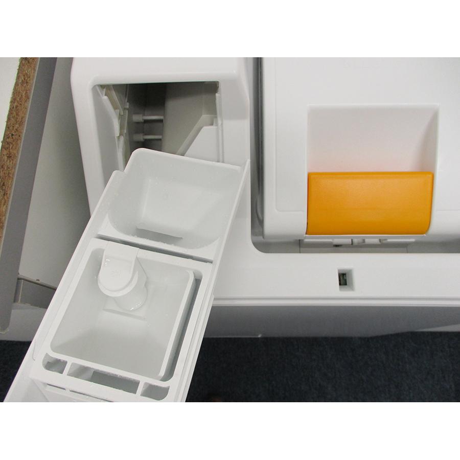 Miele WW650WCS - Retrait du bac à produit
