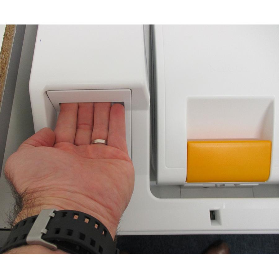 Miele WW650WCS - Ouverture du tiroir à détergents