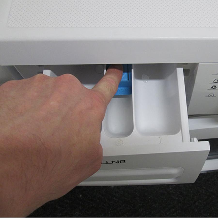 Proline FP126 - Bouton de retrait du bac à produits