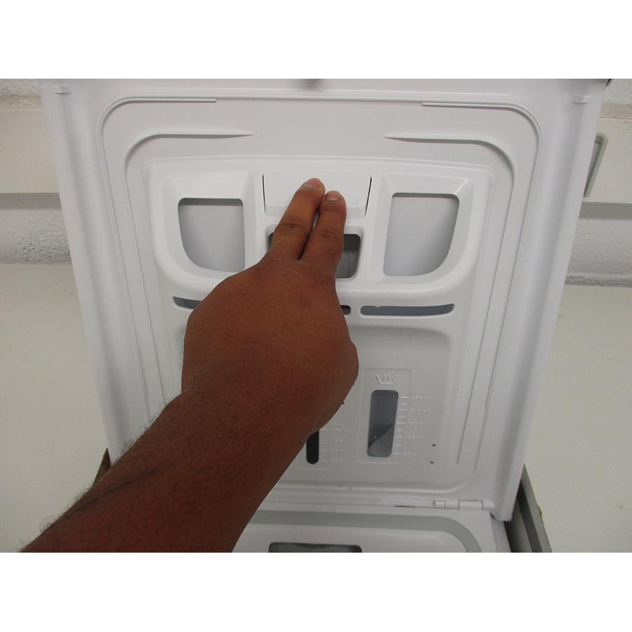 Proline PTL5100/N - Bouton de retrait du bac à produits