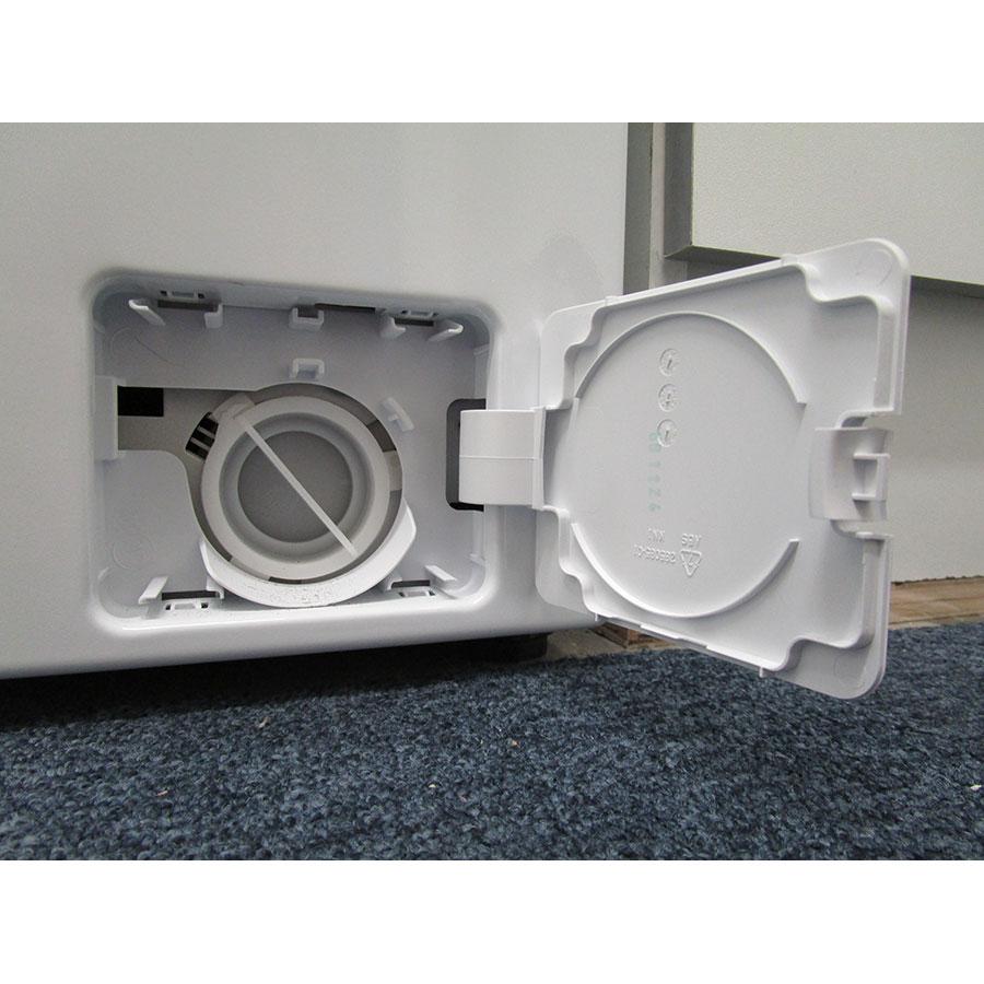Saba (Conforama) LFS610BE17W - Bouchon du filtre de vidange
