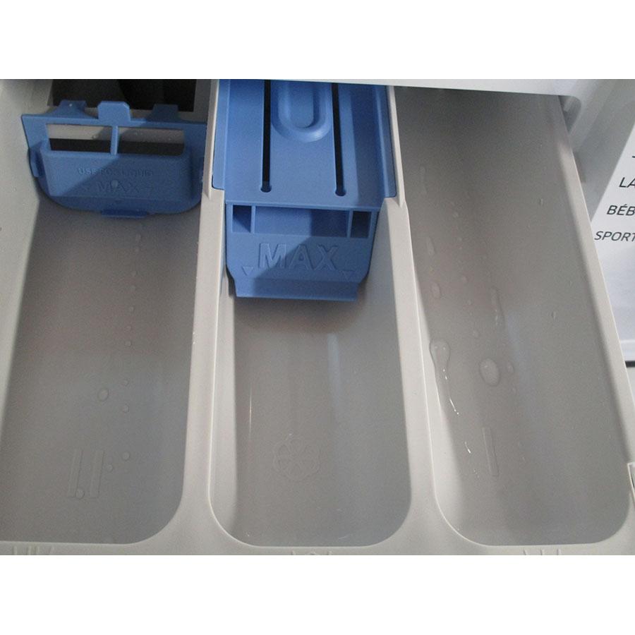 Samsung WW70J3283KW 1  - Accessoire pour lessive liquide