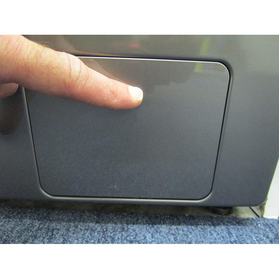 Samsung WW70J5355FX - Ouverture de la trappe du filtre de vidange
