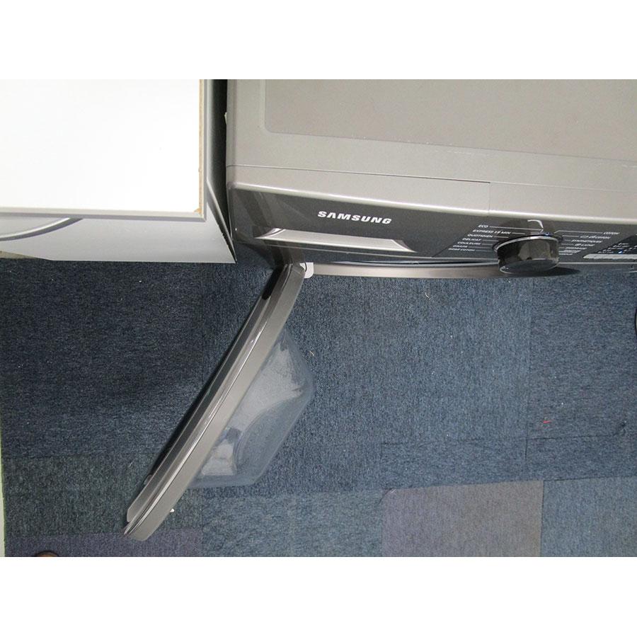 Samsung WW70J5355FX - Angle d'ouverture de la porte