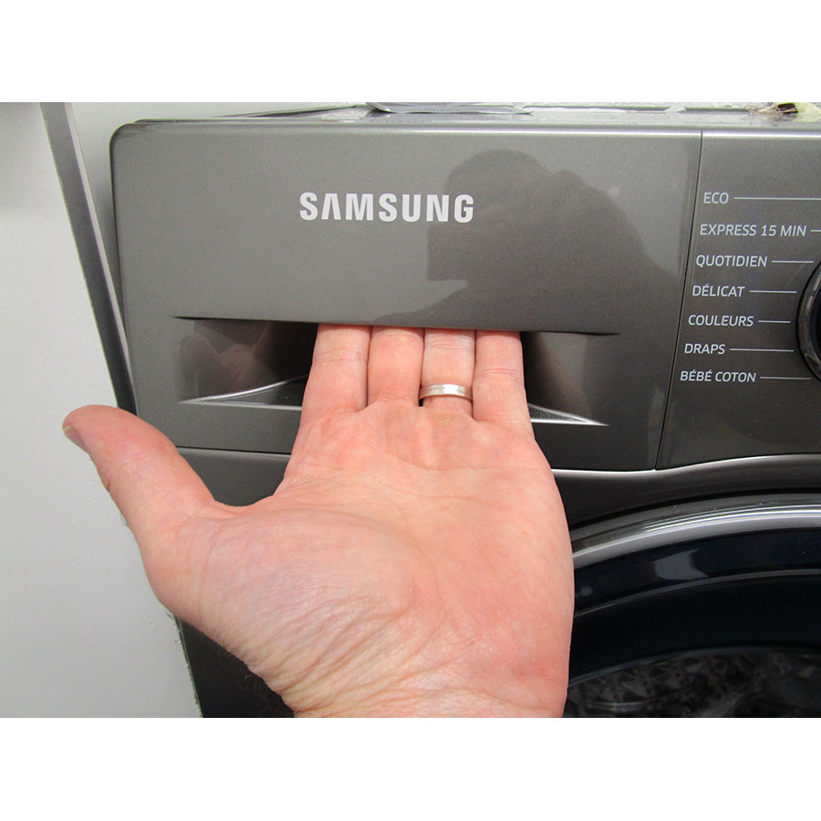 Samsung WW70J5355FX - Ouverture du tiroir à détergents