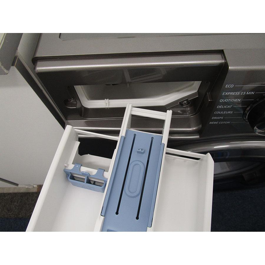 Samsung WW70J5556FX - Retrait du bac à produit