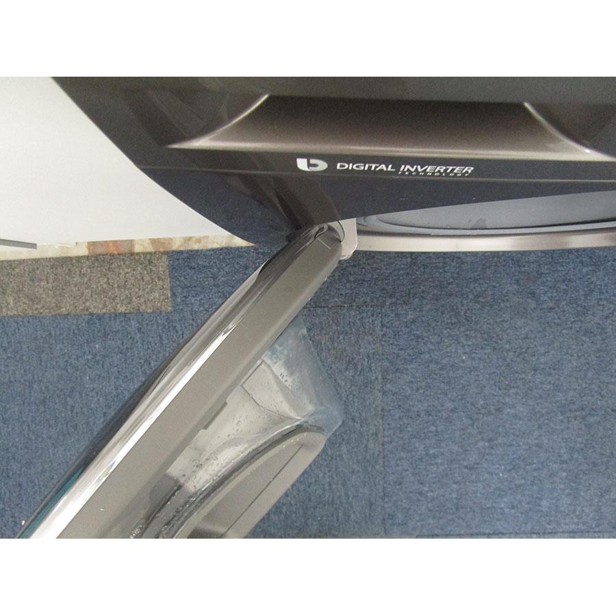 Samsung WW70K5410UX - Angle d'ouverture de la porte