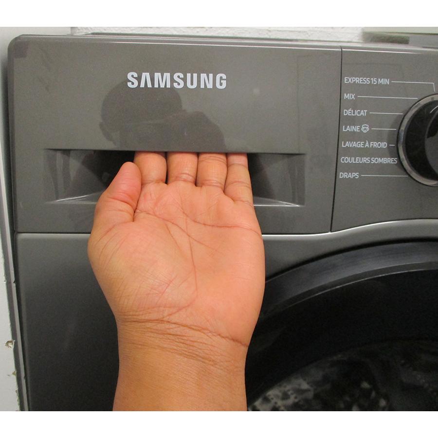 Samsung WW80TA026AX - Ouverture du tiroir à détergents