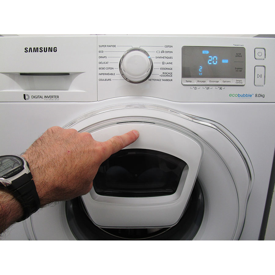 "Samsung WW8EK6415SW Add wash - Ouverture du hublot ""AddWash"""