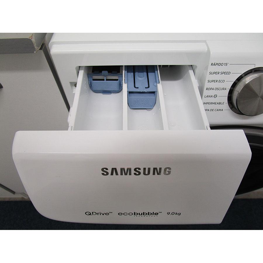 Samsung WW90M645OPW - Accessoire pour lessive liquide