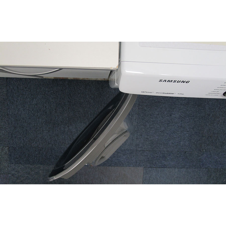 Samsung WW90M645OPW - Angle d'ouverture de la porte