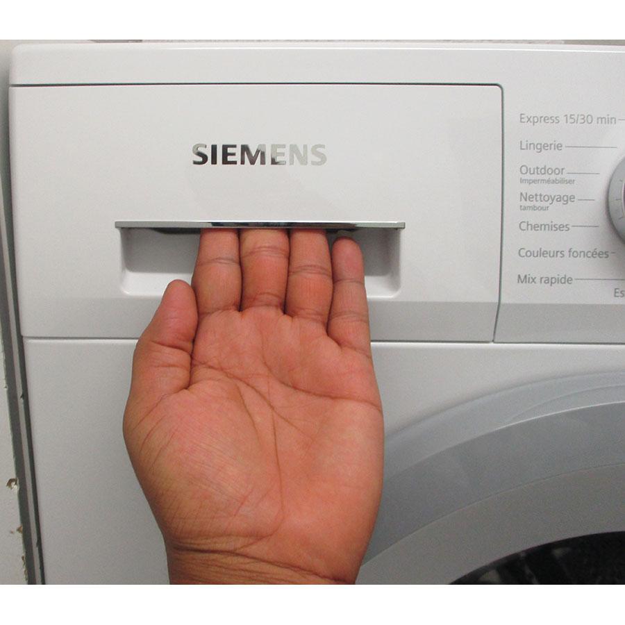 Siemens WM14N207FF - Ouverture du tiroir à détergents