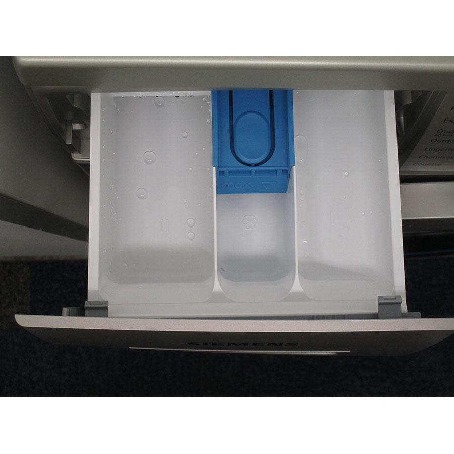 Siemens WM14N2X0FF - Compartiments à produits lessiviels