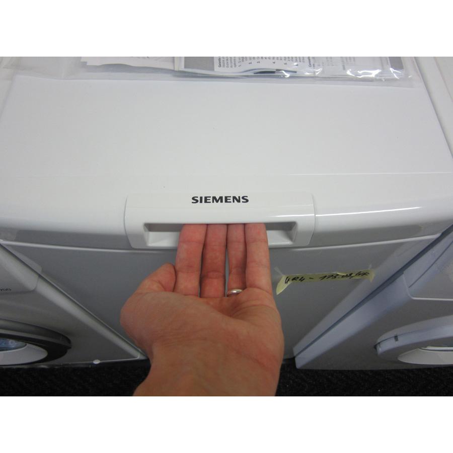 Siemens WP12R155FF iQ100 (*24*) - Poignée d'ouverture de la porte