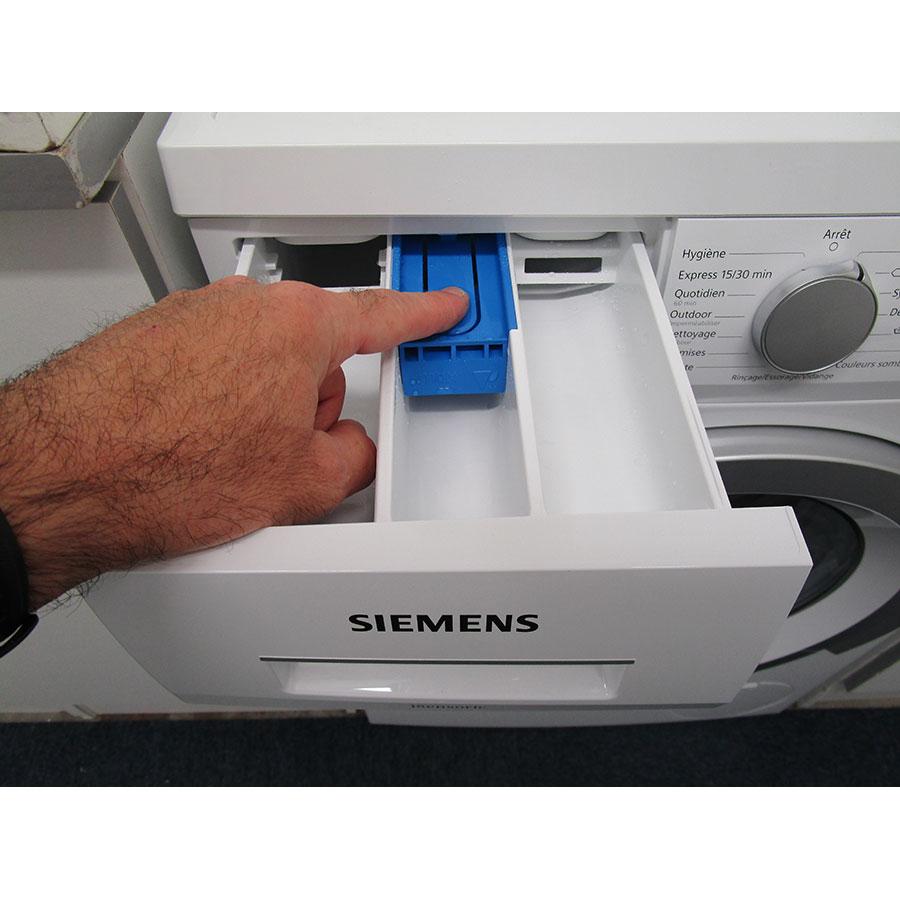 Siemens WU14Q408FF - Bouton de retrait du bac à produits