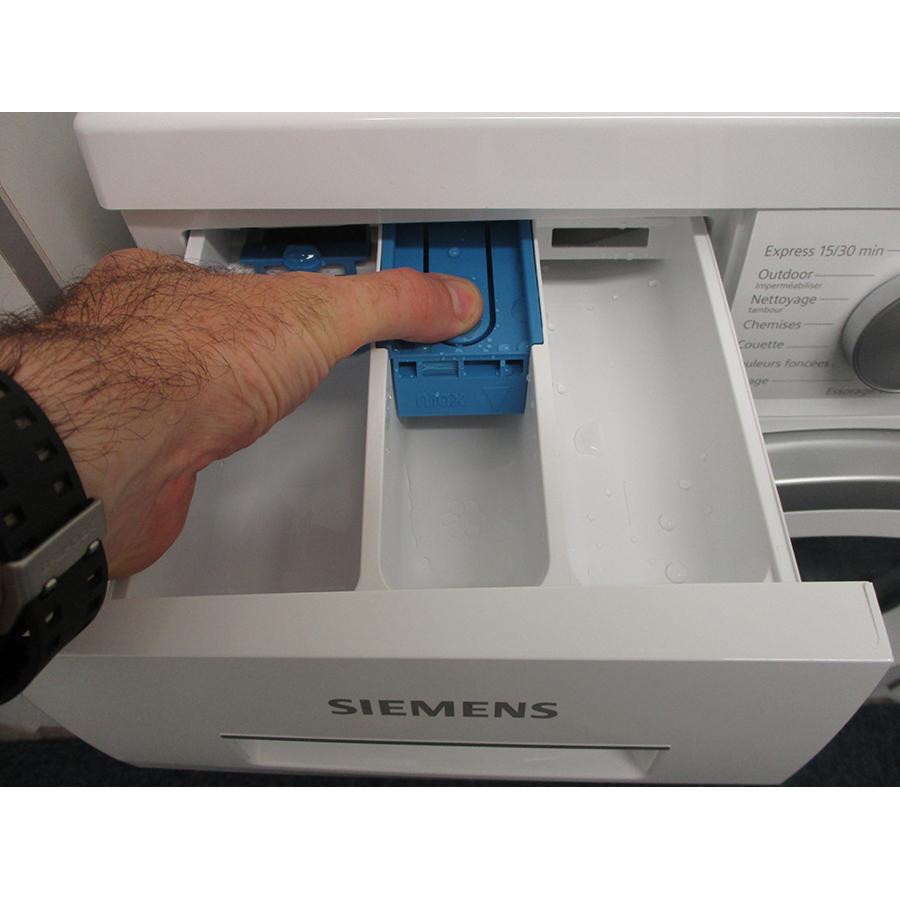 Siemens WU14UT09FF - Bouton de retrait du bac à produits