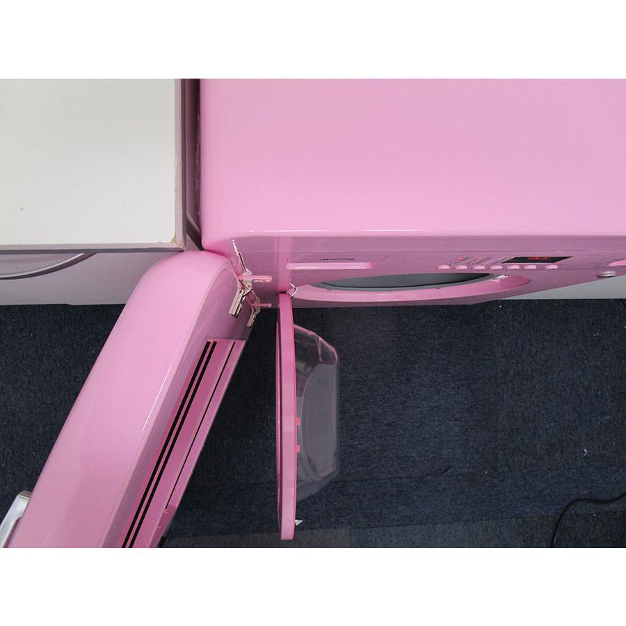 Smeg LBB14PK-2 - Angle d'ouverture de la porte