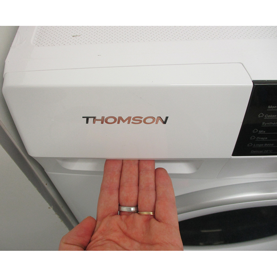 Thomson (Darty) TW1480 - Ouverture du tiroir à détergents