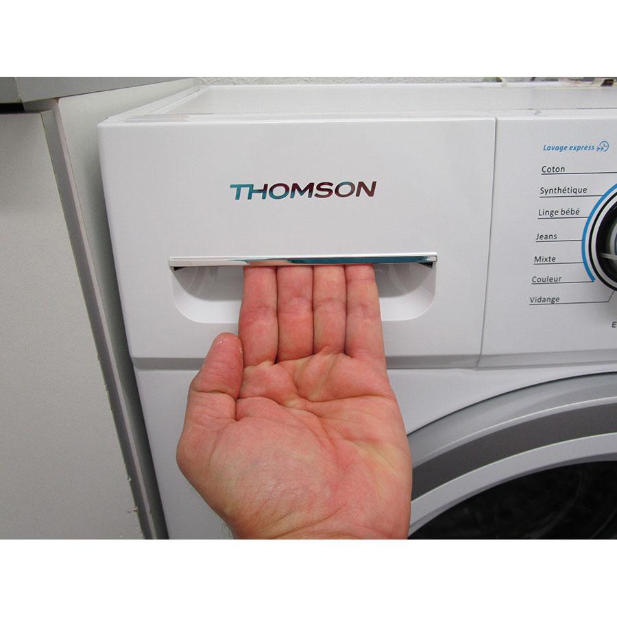 Thomson (Darty) TW714 - Ouverture du tiroir à détergents
