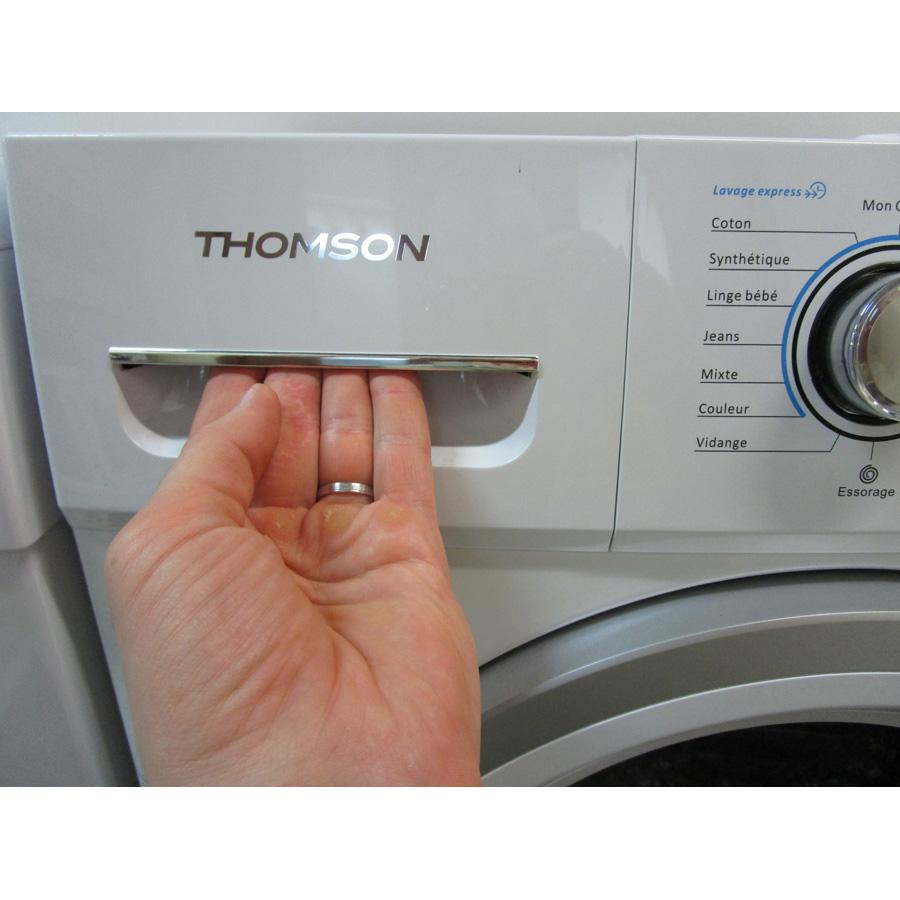 Thomson (Darty) TW814 - Ouverture du tiroir à détergents