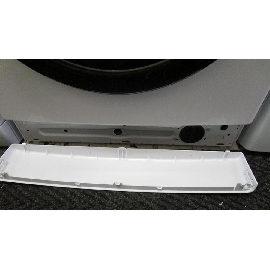 Whirlpool FSCR10432(*29*) - Plinthe masquant le filtre de vidange